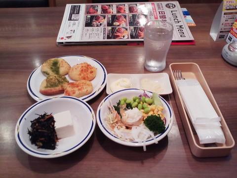 健康サラダバーランチ¥647-1 ステーキガスト一宮尾西店11回目