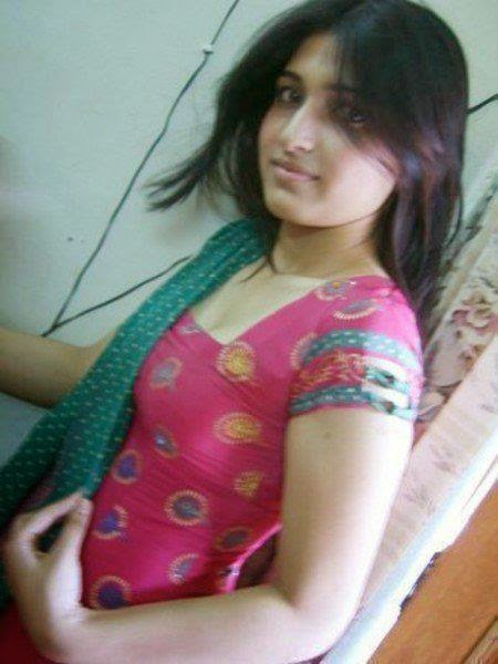 Pakistani College Girls Images