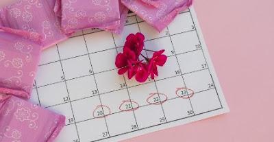 Menstruasi (Pengertian, Siklus, Gangguan dan Faktor yang Mempengaruhi)
