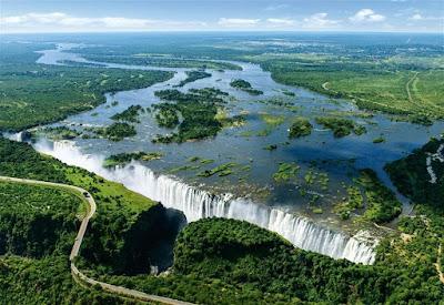 Jesus Augusto Sarcos Romero: Cataratas Victoria, un espectáculo natural entre Zambia y Zimbabue