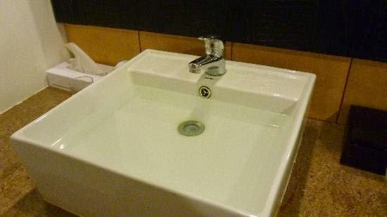 The Love Dimension Cara Mudah Mencuci Sinki Tersumbat