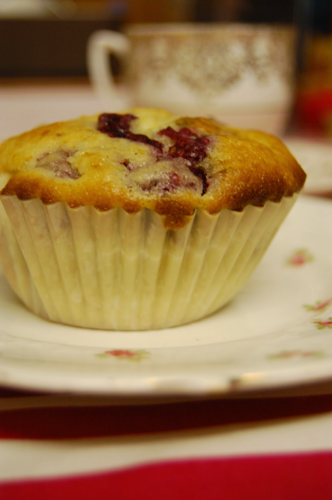 Simple cherry muffins #lifeonpigrow