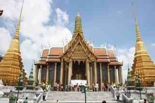 Top 7 Best Cultural Attractions in Bangkok, The Grand Palace