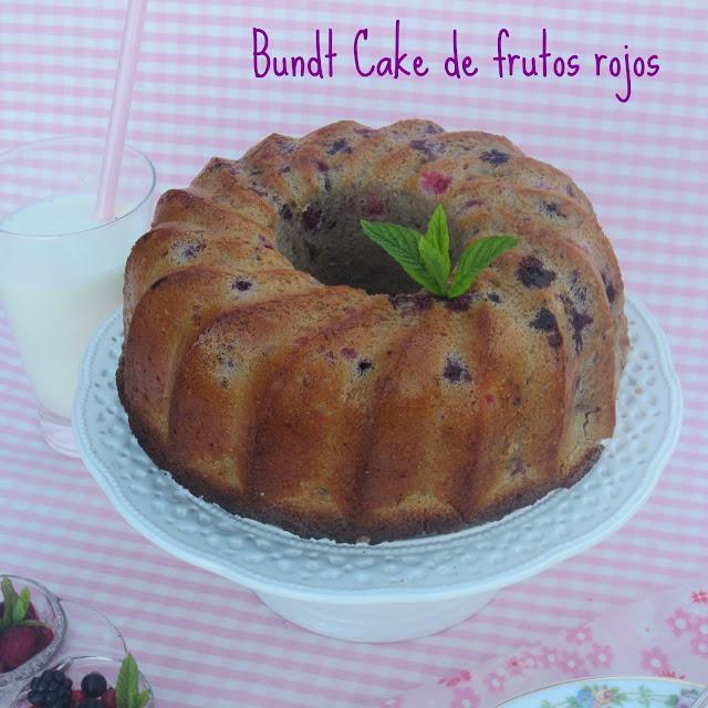 berries-bundt-cake, bizcocho-de-frutas-del-bosque