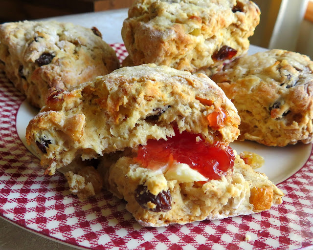 Christmas Oat Scones