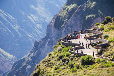 Cruz del Condor Viewpoint, Colca Canyon