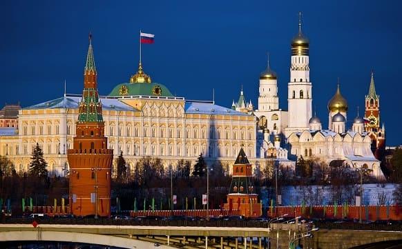 موسكو مشاورات مع عدد من الدول لرفع الإجراءات الاقتصادية الأحادية الجانب المفروضة على سورية