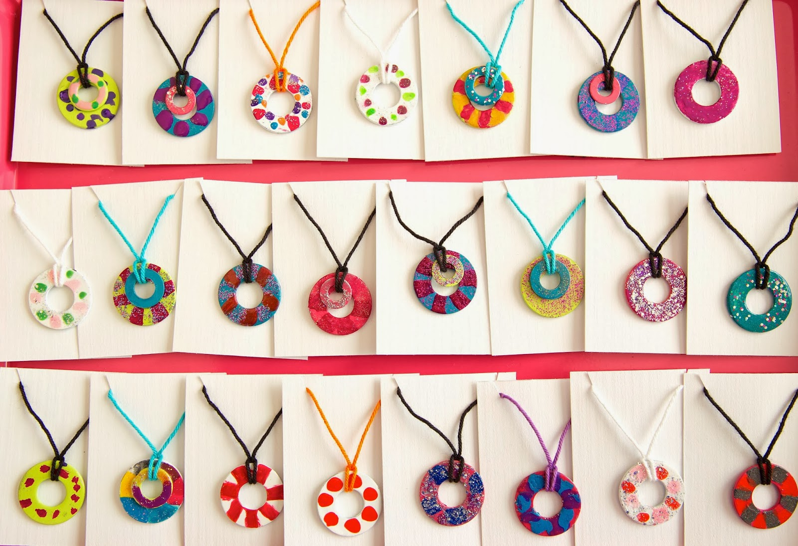 Holly S Arts And Crafts Corner Craft Project Diy Nail Polish