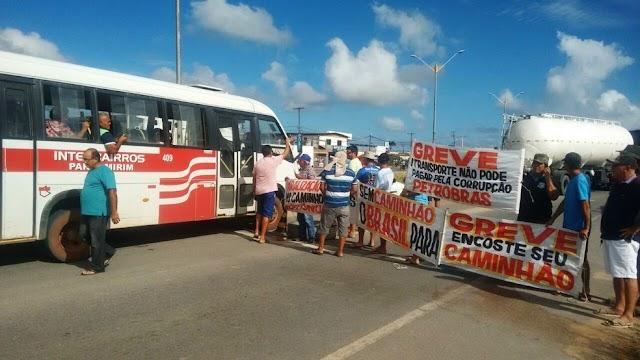 Contra aumento do diesel, caminhoneiros voltam a bloquear parte da BR-101 na Grande Natal