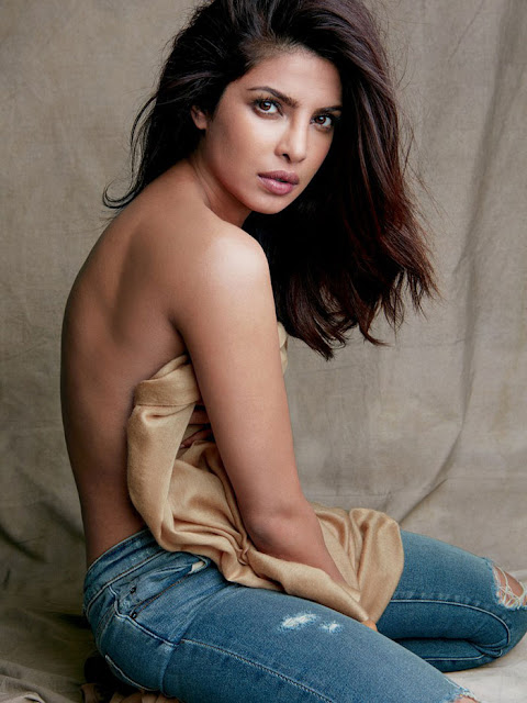 Priyanka Chopra Hot Pics