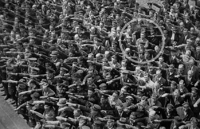 Cuando el obrero August se negó a hacer el saludo nazi