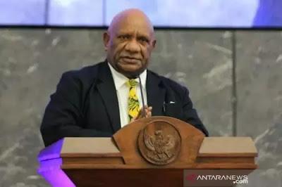 wagub papua klemen tinal meninggal dunia kemendagri berduka O9q7lWgzAP Wagub Papua Klemen Tinal Meninggal Dunia, Kemendagri Berduka
