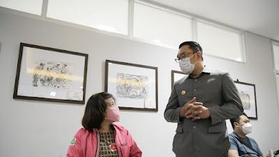 Gubernur Jabar Tinjau Pelaksanaan Vaksinasi COVID-19 Lintas Agama