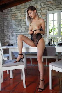 Naked brunnette - eva_elfie_22_28824_8.jpg