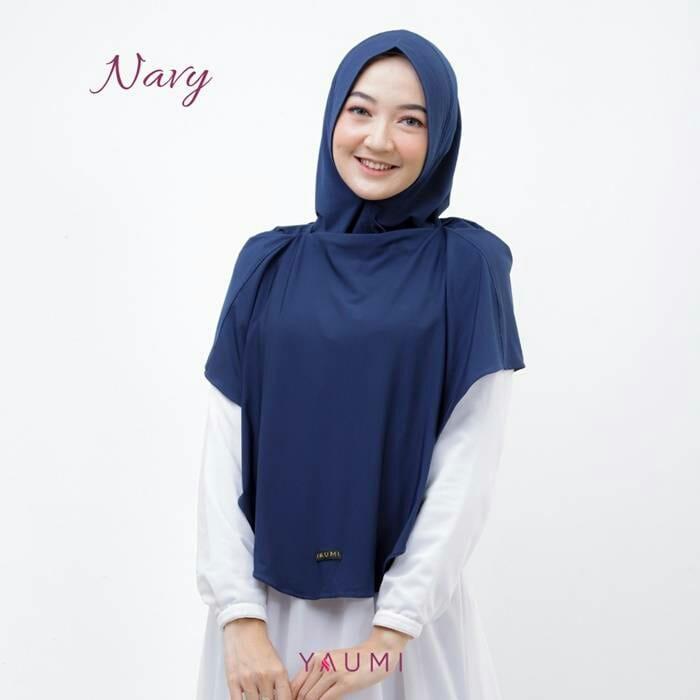 Yaumi Hijab Khimar Almira Navy