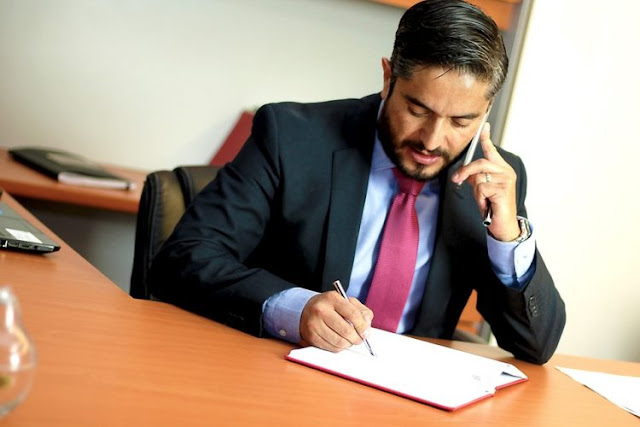 How to Select a Defence Lawyer 3