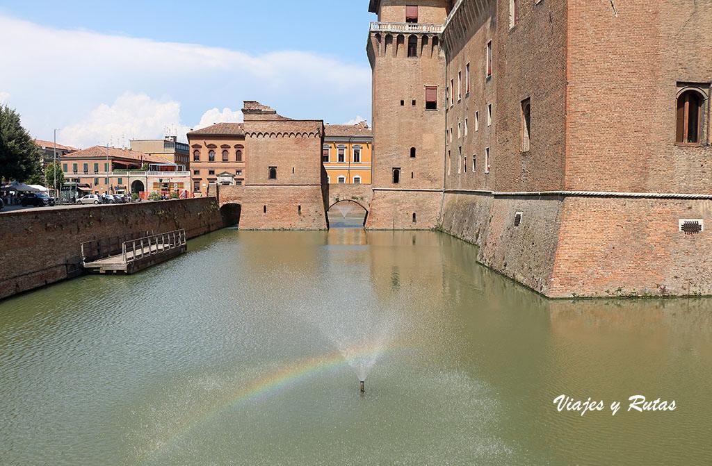Foso del Castillo Estense de Ferrara