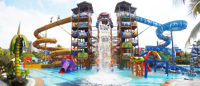 http://www.wisatakalimantan.com/2016/11/wisata-caribbean-island-water-park-kaltim.html