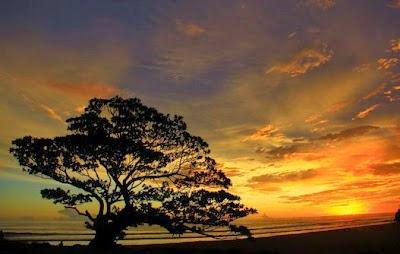 [Image: Senja+di+pantai+Pok+Tunggal.JPG]