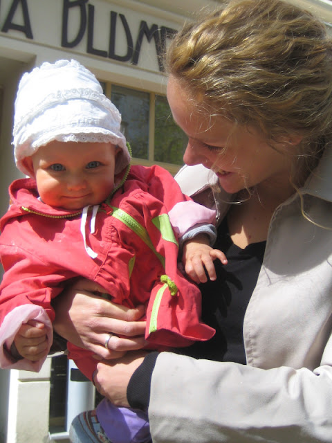 WOW MOM: Das Mutmacher-Buch für Mamas im ersten Jahr mit Kind. Katharina ist eine erfahrene Mutter und beschreibt im Buch und Interview sehr authentisch ihre Gefühle.