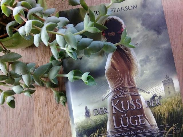 Rezension-Der-Kuss-der-Luege-Die-Chroniken-der-Verbliebenen-1-Mary-E-Pearson-Buchblog-Blog-Life-of-Anna-lovelylifeofanna