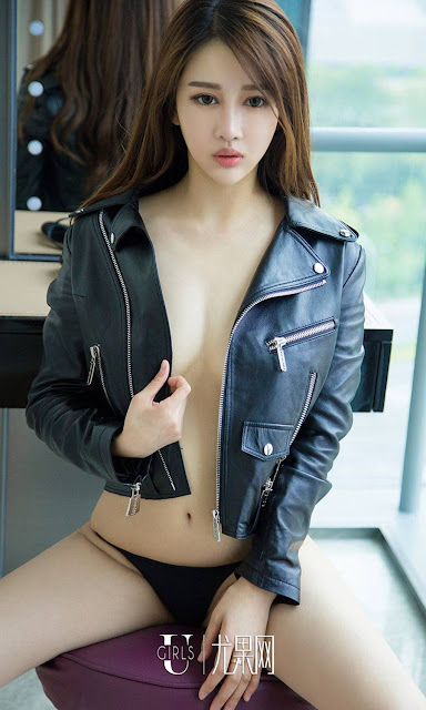Hot and sexy big boobs photos of beautiful busty asian hottie chick Chinese booty model Jin Yu Xi photo highlights on Pinays Finest sexy nude photo collection site.
