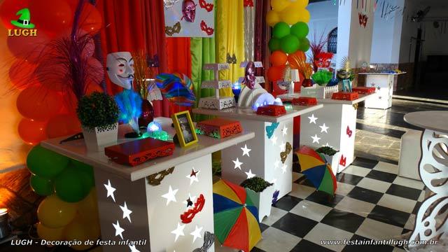 Decoração de mesa tema Carnaval para festa de aniversário