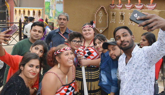 Selfiepoints created at Surajkund Fair, visitors can take Selfie