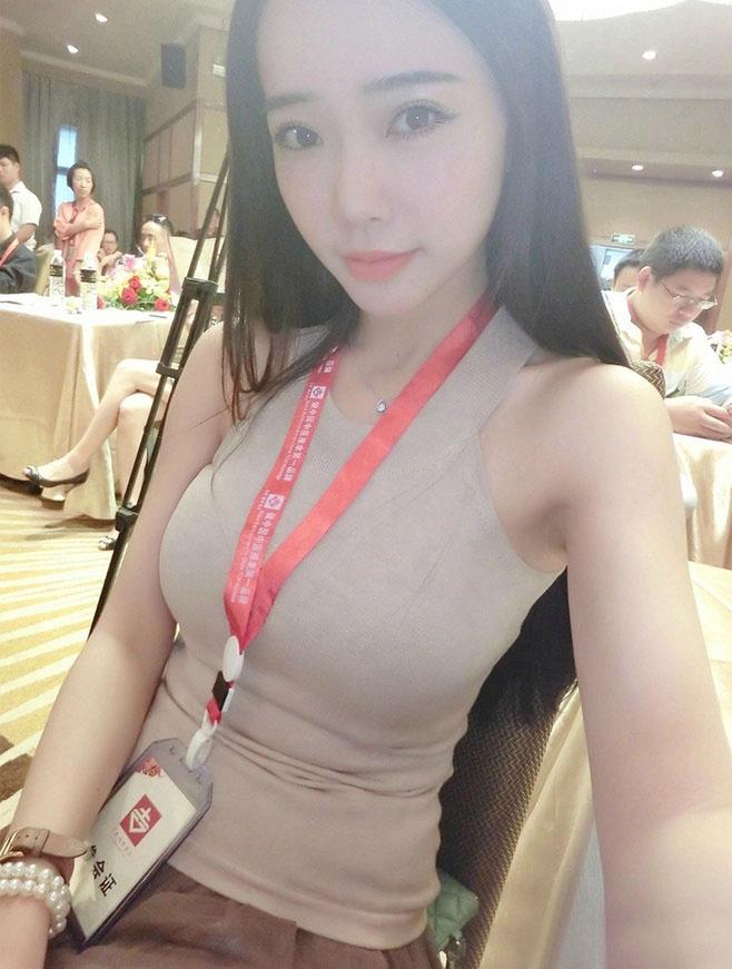 女乒奥运冠军李晓霞今日大婚 伴娘伴郎团阵容强大