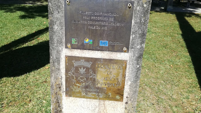 Placa de inauguração do Parque de Lazer de Airão Santa Maria