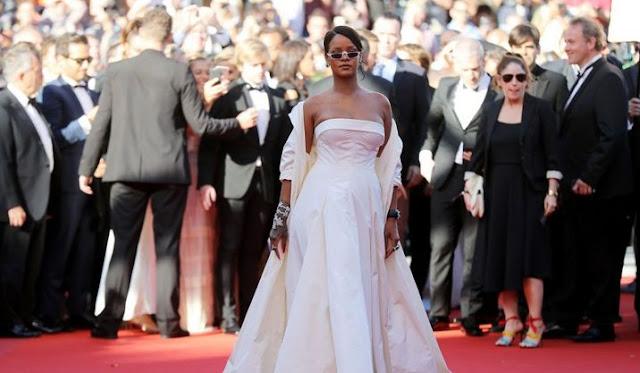 Rihanna's New Boyfriend Worth $1.9 billion