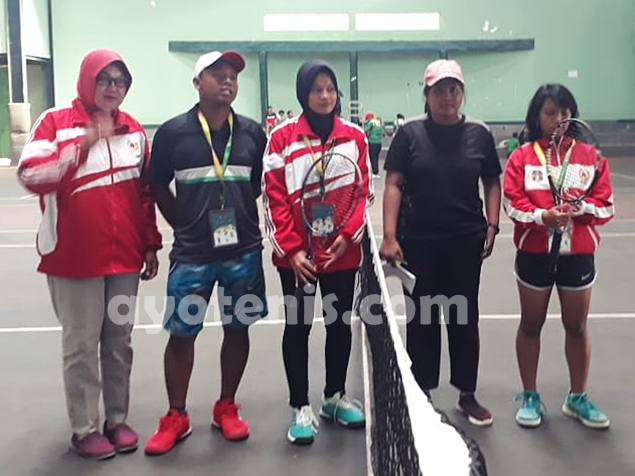 Tenis Porprov Jatim VI: Kalahkan Kota Blitar, Tim Tenis Putri Kota Kediri Melaju ke Semifinal