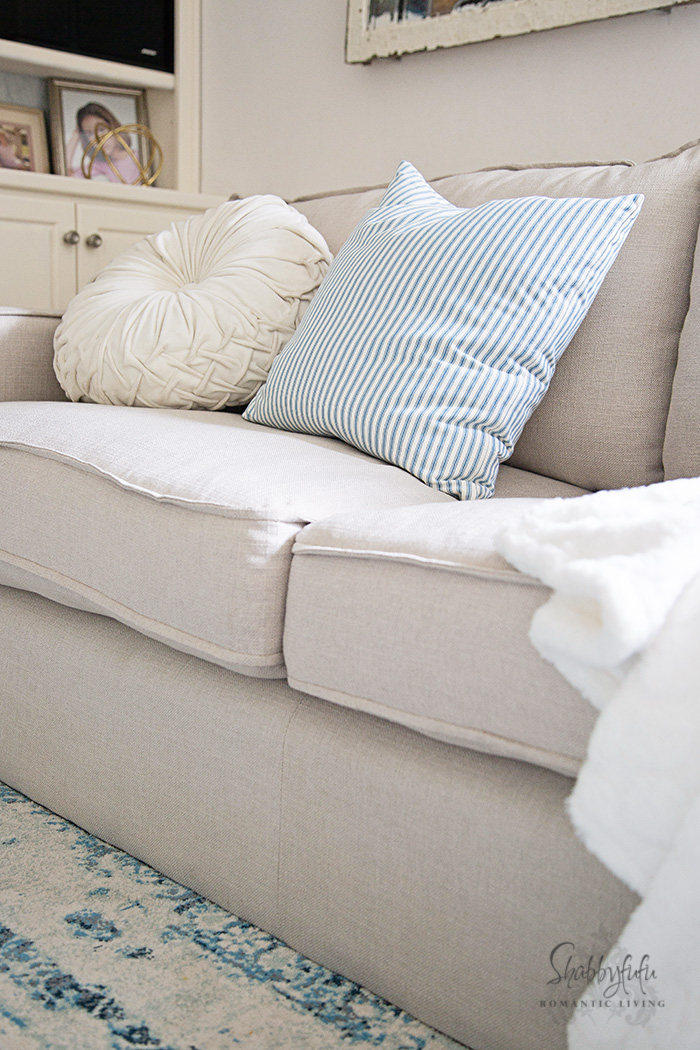 family room pillows