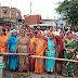 जलजमाव के कारण लोगों ने किया सड़क जाम