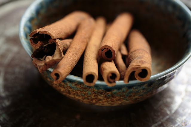 Uses and medicinal properties of cinnamon