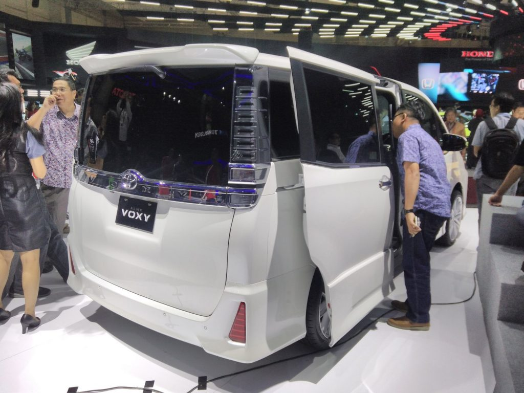 All New Alphard 2017 Indonesia Interior Grand Avanza Matic Toyota Voxy Ms Blog Slotting Under The Mpv Measures 4 710 Mm In Length 1 735 Width And 870 Height Has A Wheelbase Of 2 850