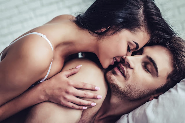 Sexually Intimate Questions To Ask a Girl