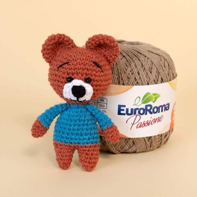 Ursinho Amigurumi - Receita | Ursos de pelúcia de crochê ... | 640x640