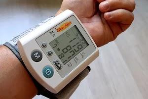 लो बीपी के लक्षण और 13 घरेलू उपचार : Low Blood Pressure in Hindi