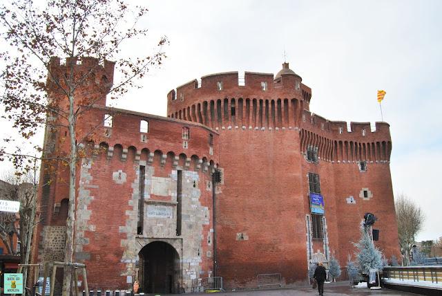 El Castillet en Perpignan, Francia