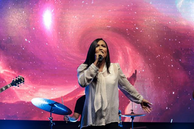 """Layza Tavares lança o single e o clipe """"Meu Grande Amor"""""""