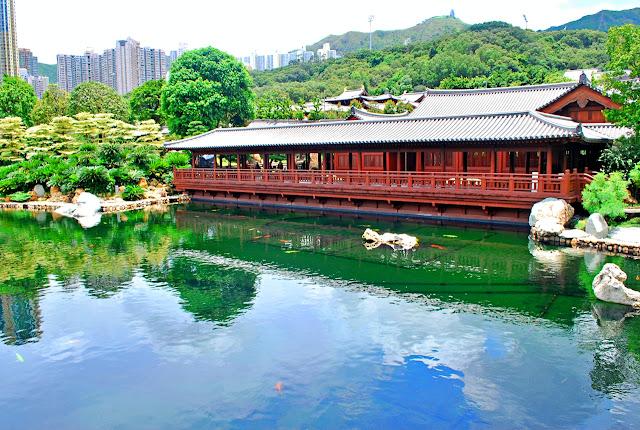 the pond at Chi Lin Nunnery and Nan Lian Garden