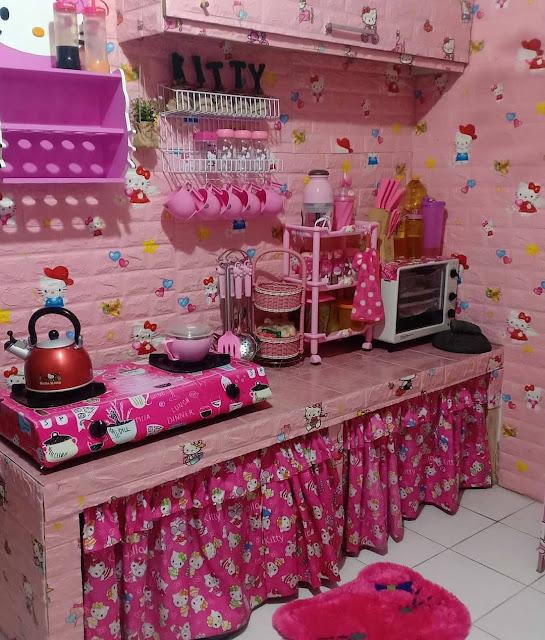 Motif Keramik Dinding Dapur Minimalis Mungil Warna Pink
