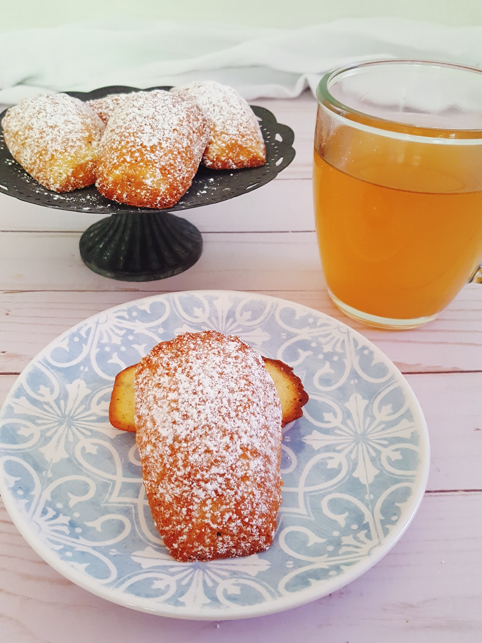 Apple Cider Tea Madeleines