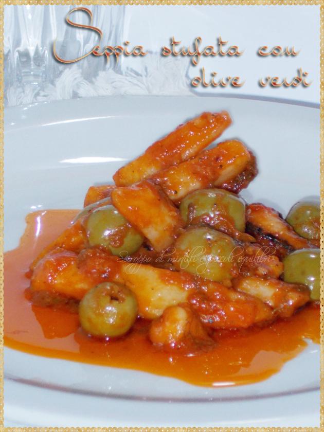 Seppia stufata con olive verdi
