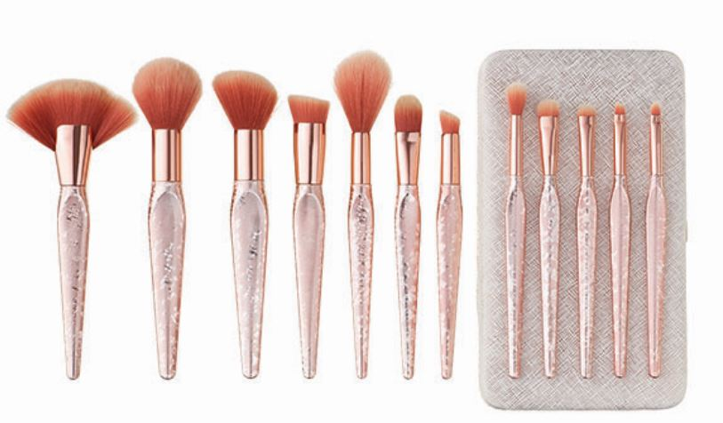 74a47b84798ba Quo Luxe Rose Gold Brush Set -  90 - includes 12 brushes with beautiful  rose gold handles.
