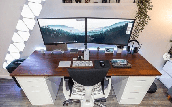 setup meja komputer minimalis