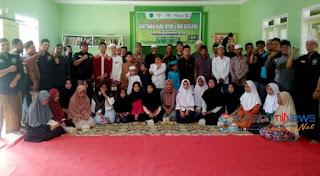 *kang Dewan bersama masyarakat kampung Cijambe*