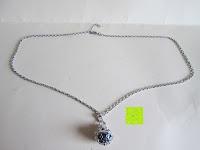 Lieferumfang: Morella® Damen Halskette Edelstahl 70 cm mit Herz-Kugel Anhänger und Klangkugel Ø 16 mm in Schmuckbeutel zur Farbauswahl