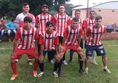 Manoel Ribas: Lojão do Brás conquista torneio de futebol realizado em Santa Maria do Oeste